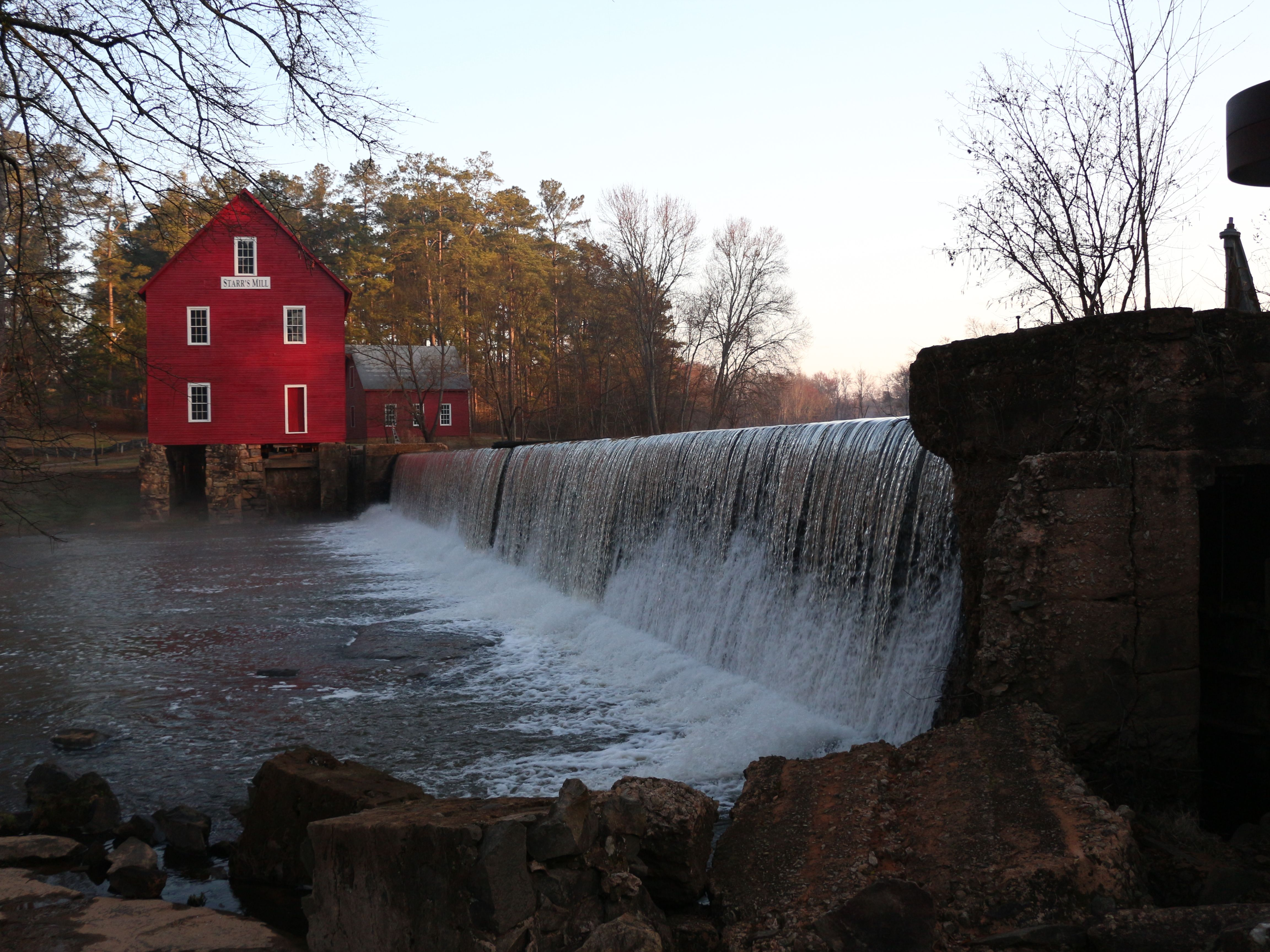 Starr S Mill In Senoia Ga This Is An Old Grist Mill Beautiful