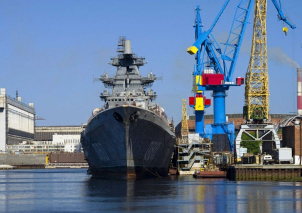 Russian Battle Cruiser Is Put On The Water After More Than 20 Years Of Reconstruction The Independent Barents Observer In 2020 Cruisers Navy Ships Battle