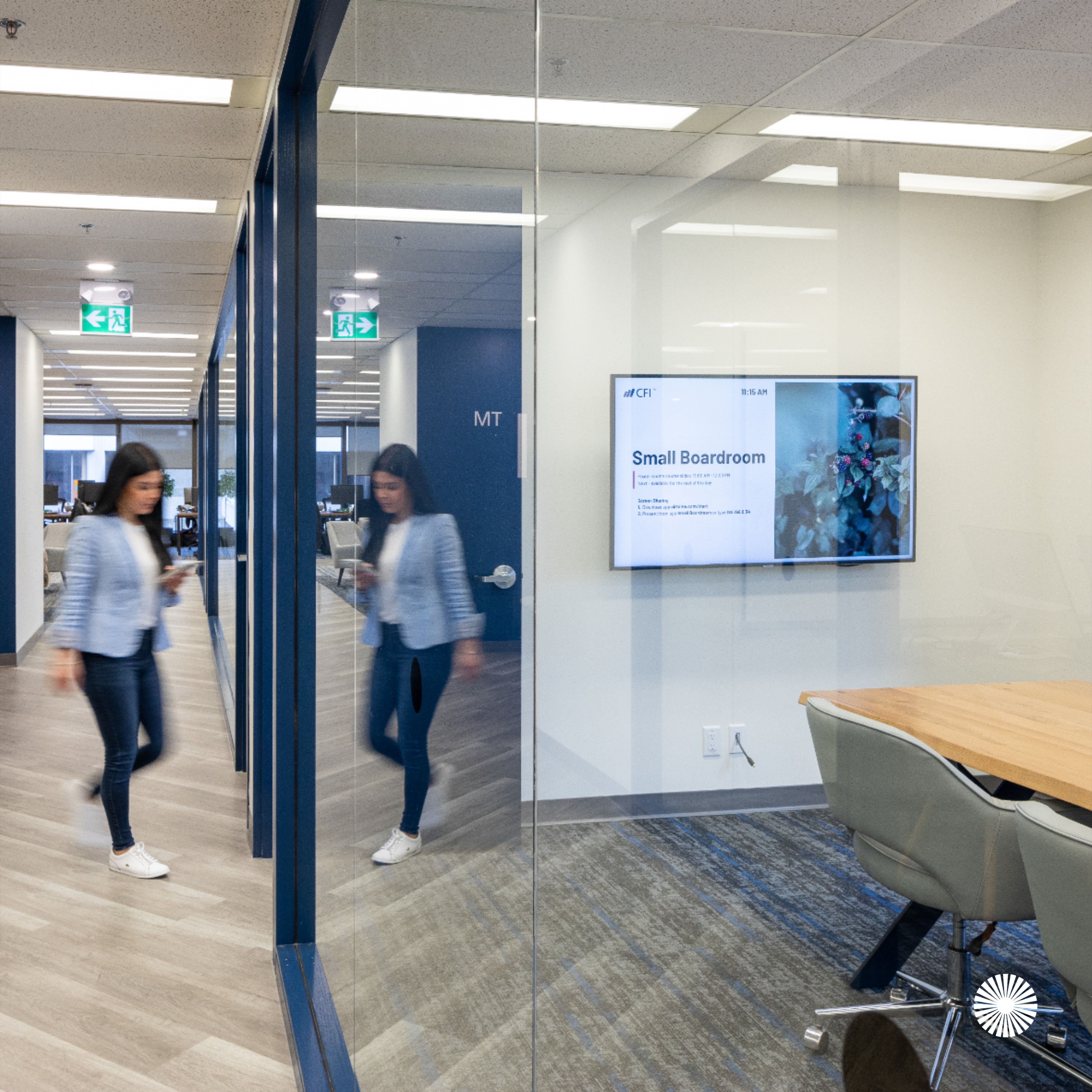 Corporate Finance Institute By Aura Office Environments In 2020 Office Design Office Space Corporate Interior Design Projects
