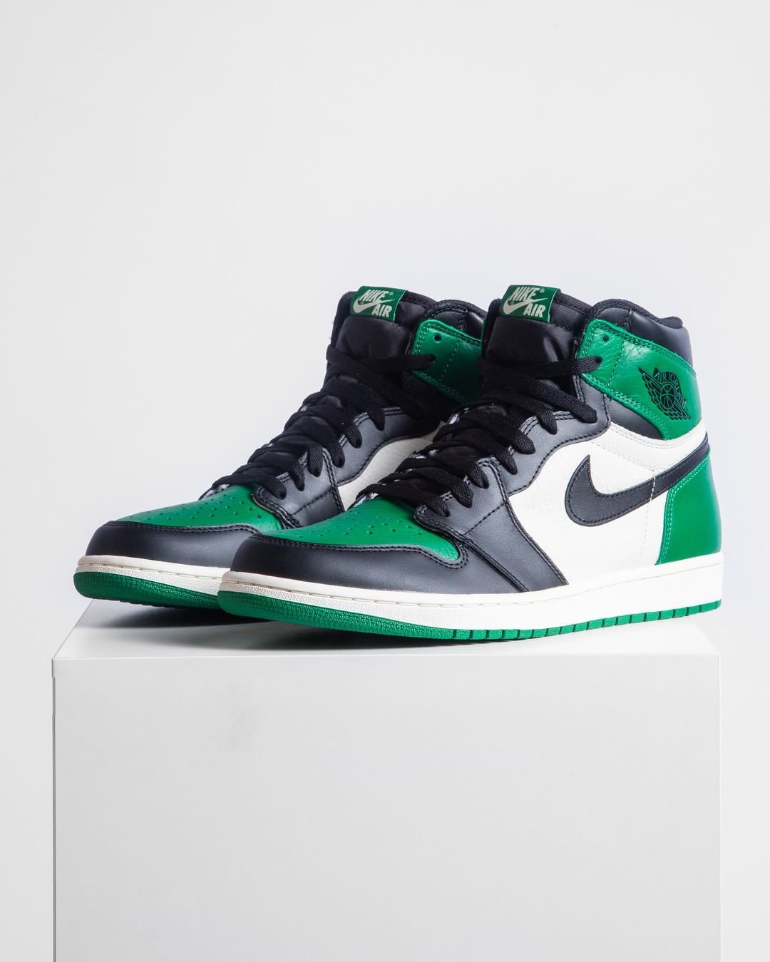 the latest 8d7e2 5e407  Jordan Retro 1 High OG  Pine Green  Available Now In-Store and Online!