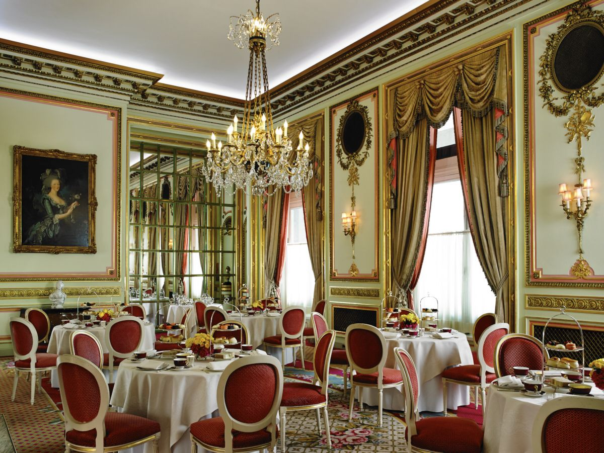 The Marie Antoinette Suite is the original private dining room at the Ritz London. A regal setting for any event be it a wedding ceremony, drinks reception or a private Afternoon Tea at The Ritz.