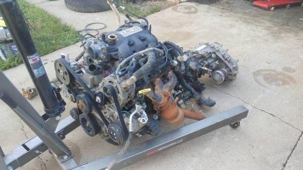3.8L jeep wrangler motor/trans/transfer (Springfield) $325