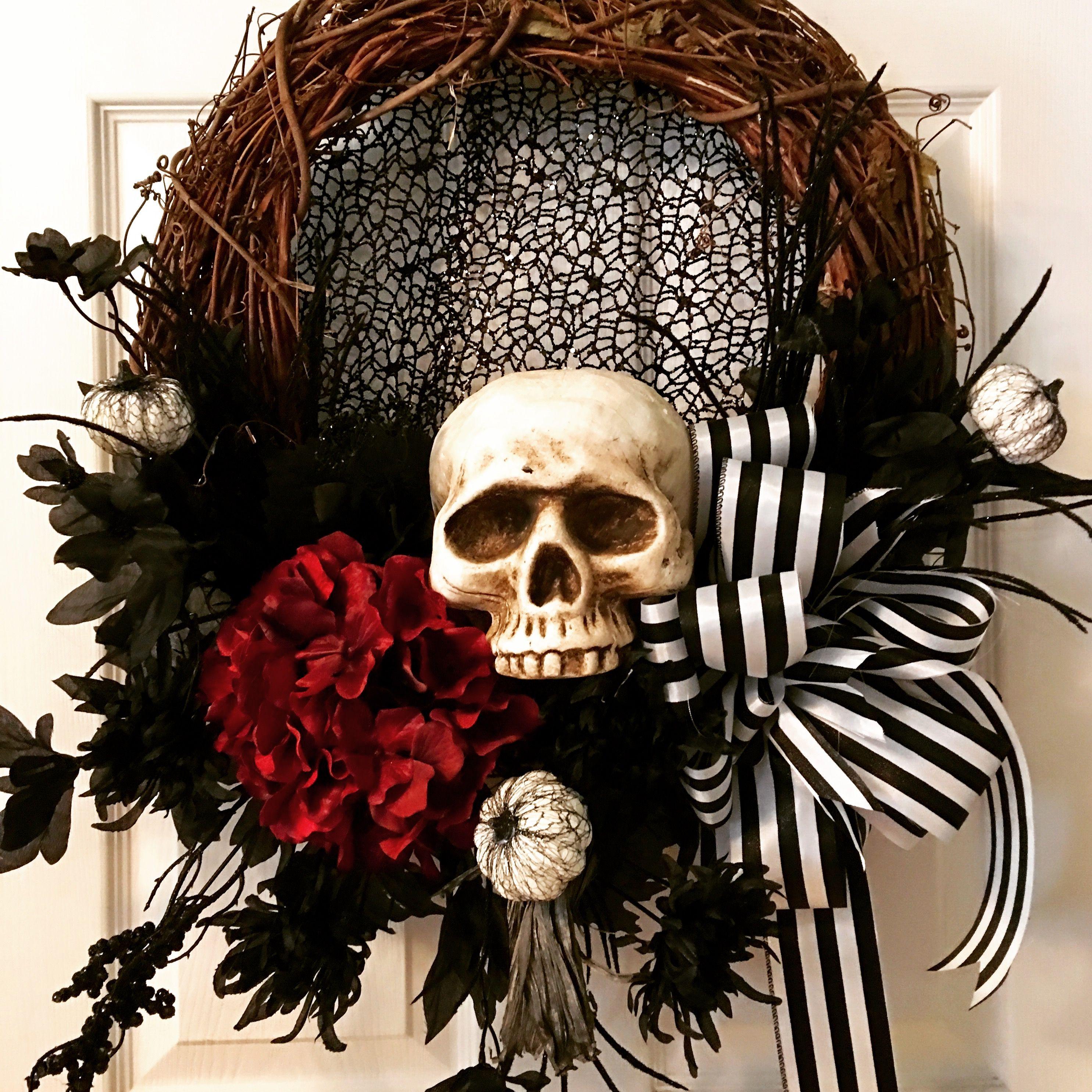 Halloween Skull Wreath, Scary