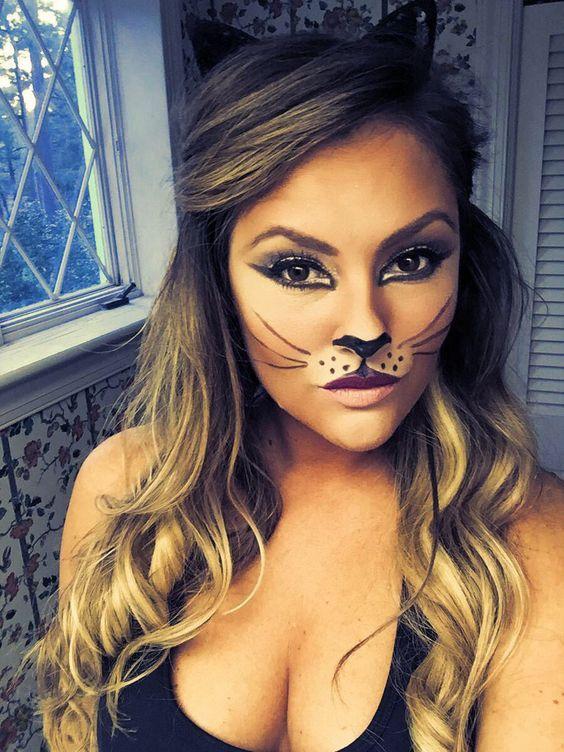 Maquillaje para disfraz de gato Hallowee