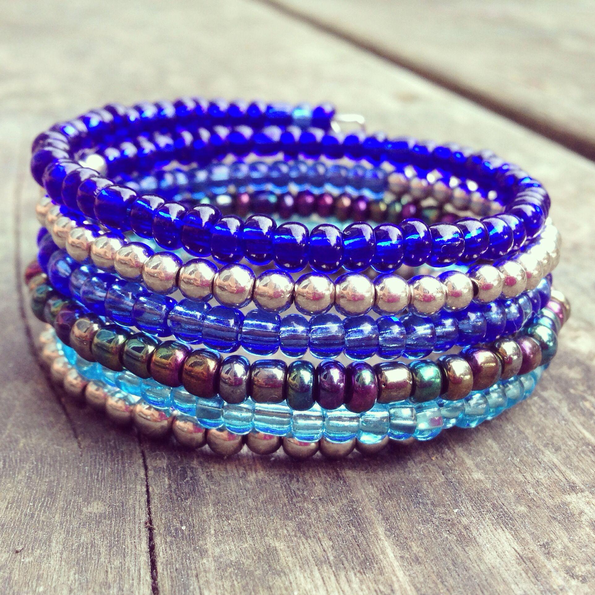 Blue glass seed bead memory wire bracelet school jewelry