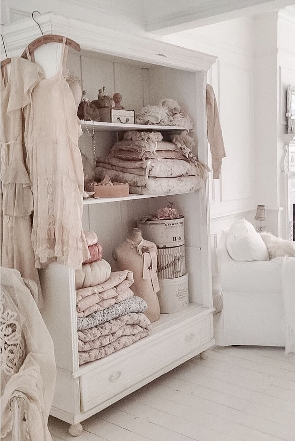 90 Romantic Shabby Chic Bedroom Decor and Furniture Inspirations ...