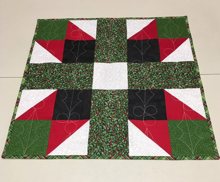 Green Holly Leaves Holiday Table Quilt Quilted Christmas Table Runner
