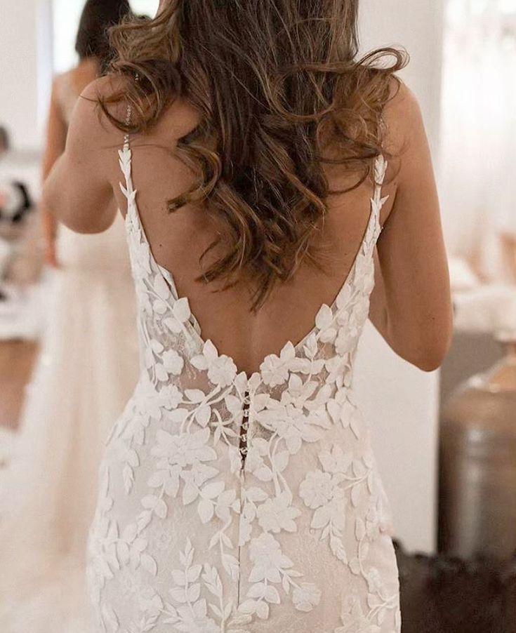 Alle blumigen Hochzeitskleiderträume werden wahr im atemberaubenden Lelsey-Kleid von …