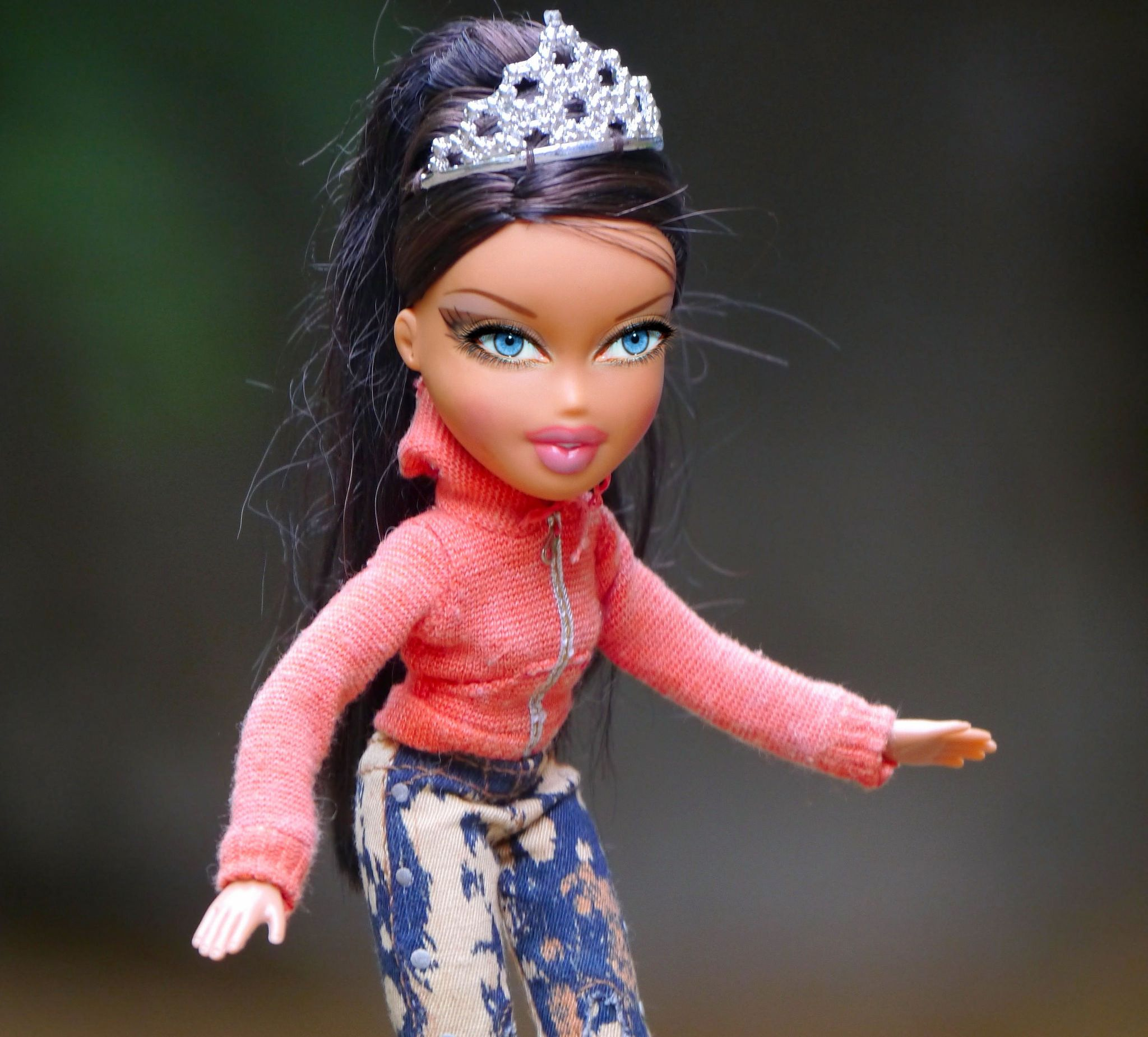 https://flic.kr/p/BWN3Er | Bratz Doll Craze | Remember how the Bratz doll almost killed the Barbie doll... I dolled this one up with real eyes.... I know some little girls who would like to have a doll like this...