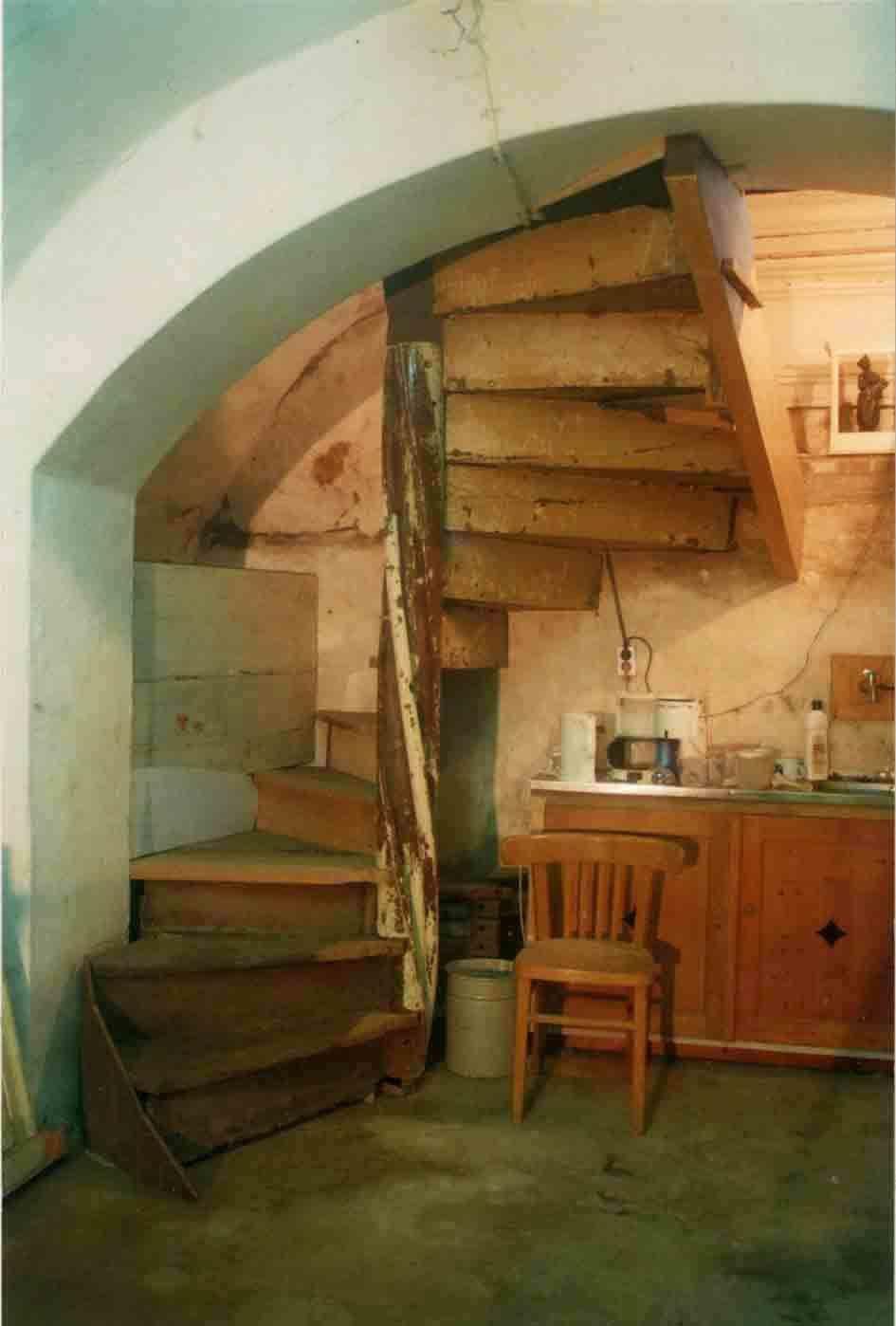Helsloot trappen antieke monumentale houten spiltrap for Spiltrap hout