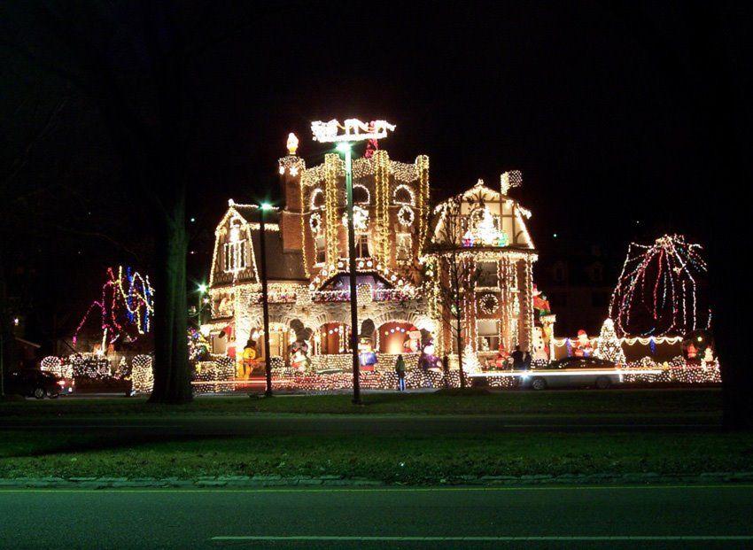 huge christmas lights | Christmas lights! Funny pictures! - Huge Christmas Lights Christmas Lights! Funny Pictures! Crazy