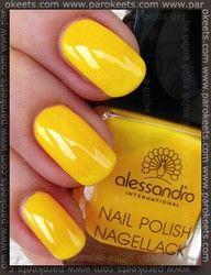 Yellow fingernails...nice