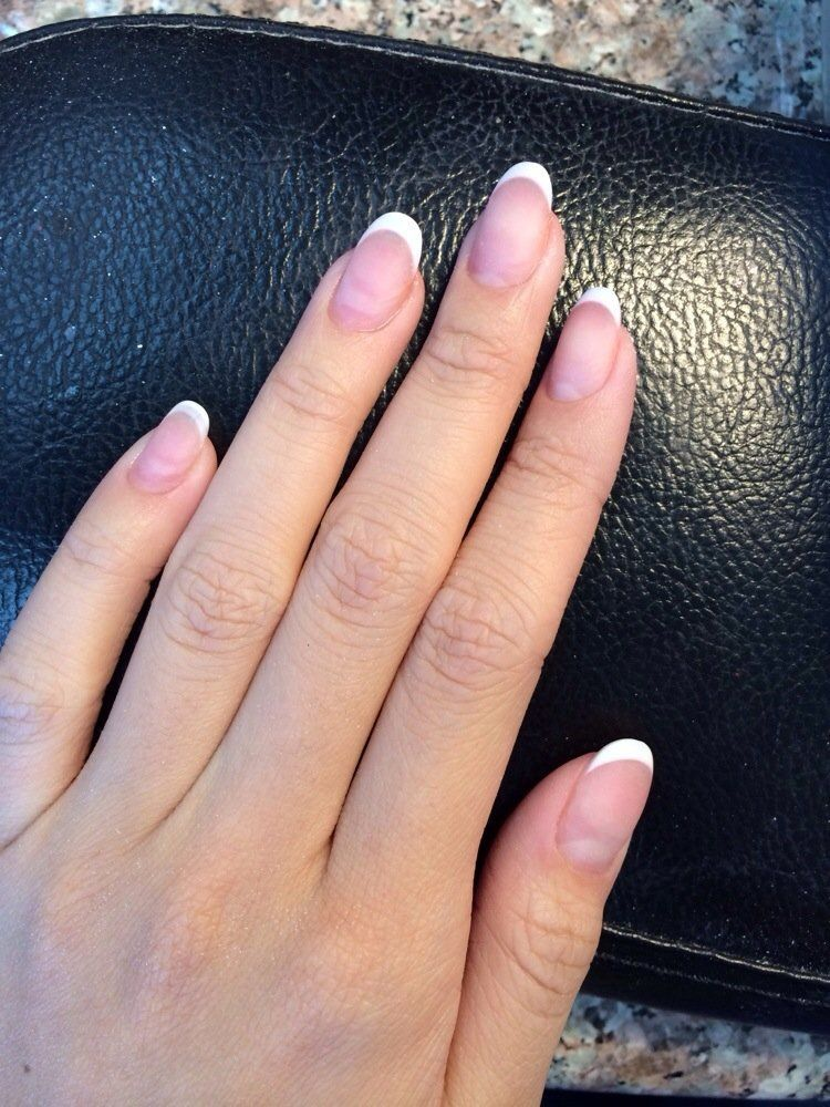 French Acrylic Nails Round Google Search Acrylicnailsnatural Acrylic Nails Natural In 2019 French Acrylic Nails French Manicure Acrylic Nails French T