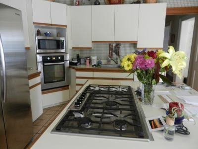 Painting Formica.. getting rid of my horrible cabinets | Retro ...