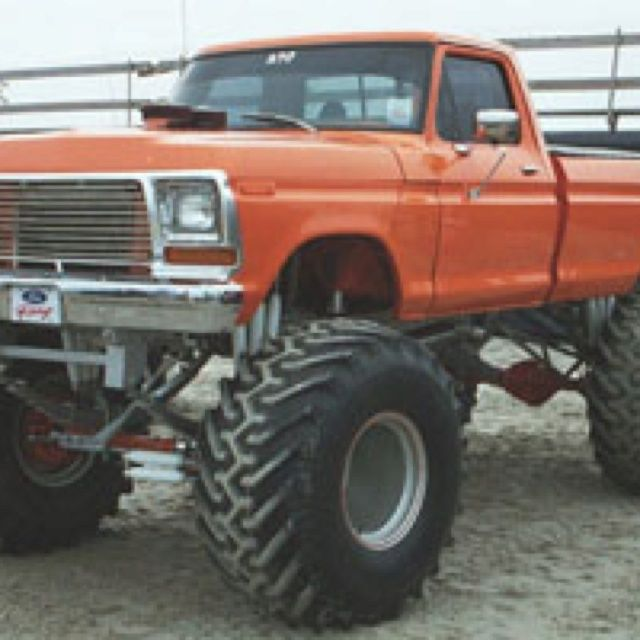 Jacked Up Truck Jack Up Trucks Ford Trucks Trucks Yeah Old