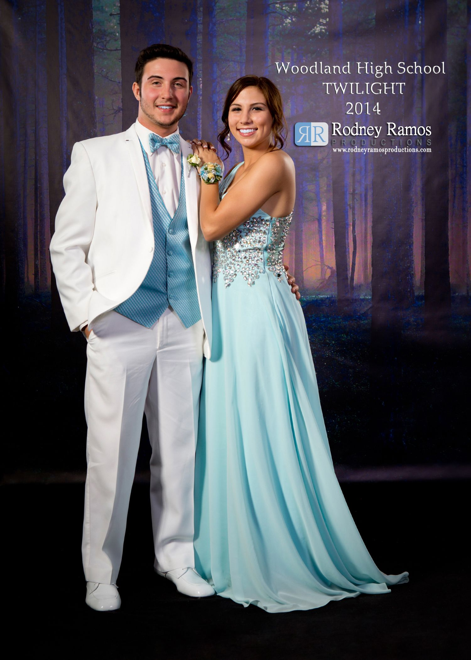 Woodland High School 2014 Twilight Prom Photo Styling By Rodney Ramos Productions C 2014 Rodneyramosproductions Rodneyramos Whs Prom Photos Prom Prom Dresses [ 2100 x 1500 Pixel ]
