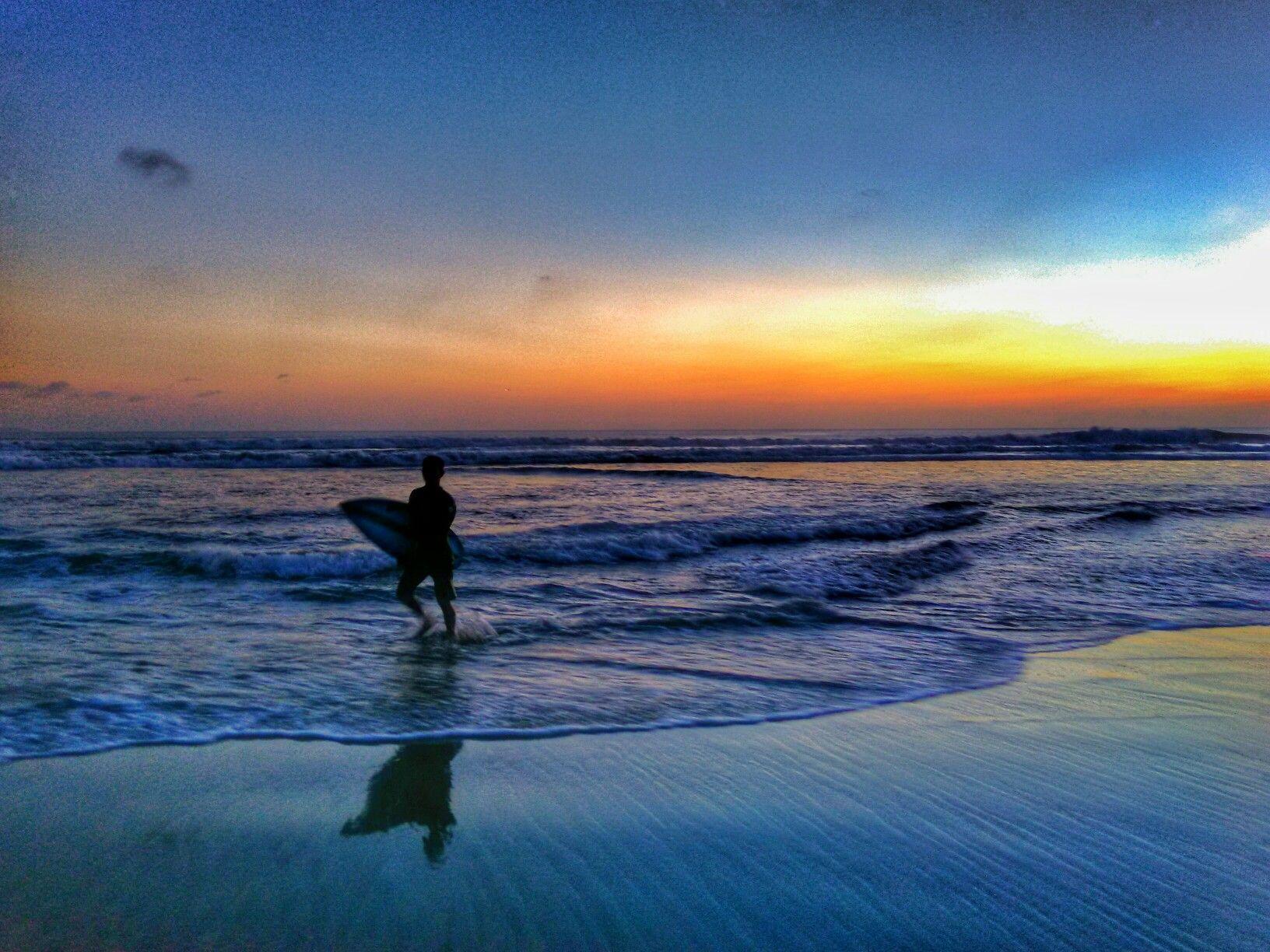 Sunset Contact Us Zabronirovat Uroki Www Windysunbalisurfschool Com Windysun Surfersbali Com 62 8786 167 68 Surfing Bali Surf Surf School