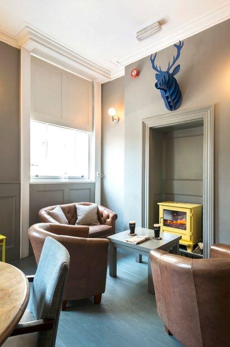 Bar award The Dispensary (London), Colour  Jackie McWeeney Interior Design