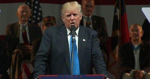 "Trump Slams Obama, Says Hillary ""Got Away With Murder"" - http://conservativeread.com/trump-slams-obama-says-hillary-got-away-with-murder/"