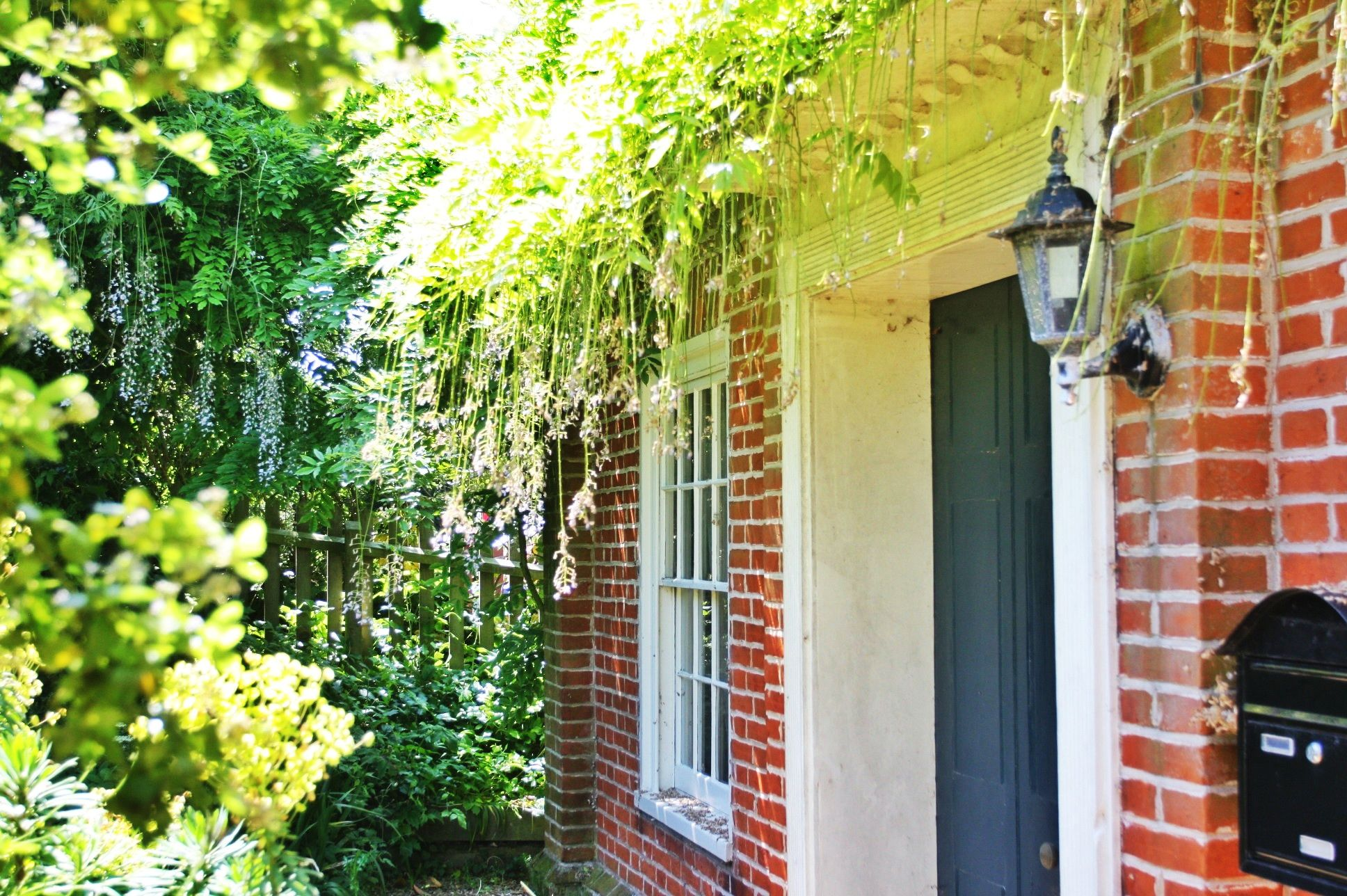 Dressmakers Cottage in Wrentham sleeps 9 and has a fabulous games