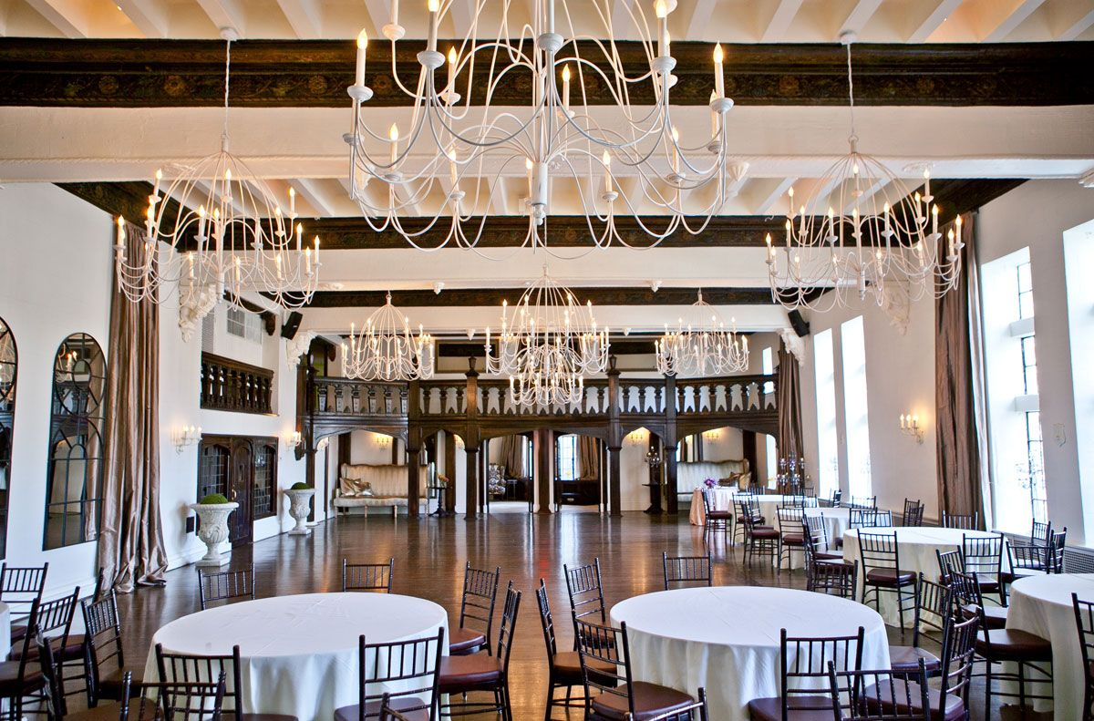 a location for vintage style wedding in boston alden castle