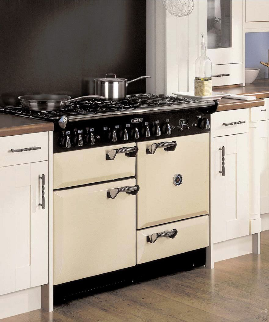Aga Legacy Range ...comes in many colors. I had white and black ...