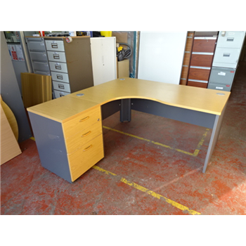 1600 Radial Desk In Light Oak With High Pedestal Ck Office