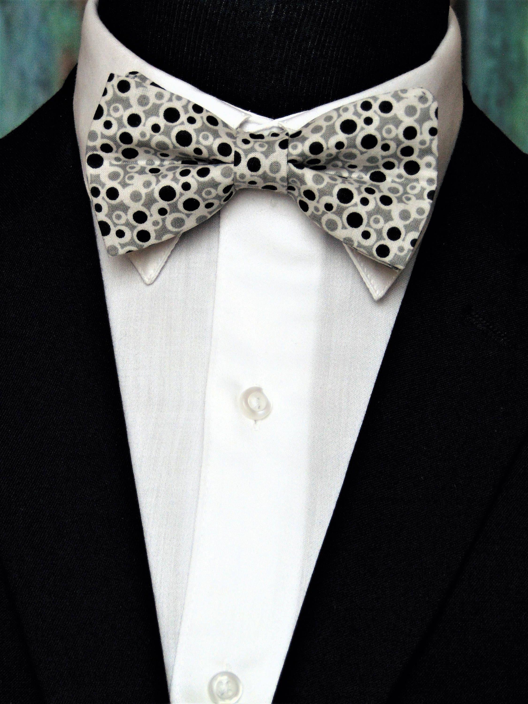 Champagne and White Polka Dot Skinny Men/'s Tie Handkerchief Set Wedding Tie Prom