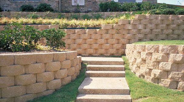 Keystone Retaining Walls Keystone Retaining Wall Retaining Wall Backyard Garden Design
