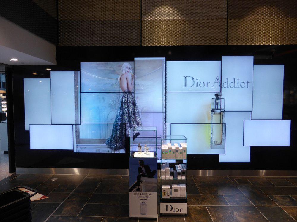 Flughafen Düsseldorf Digital SignageUpgrades am