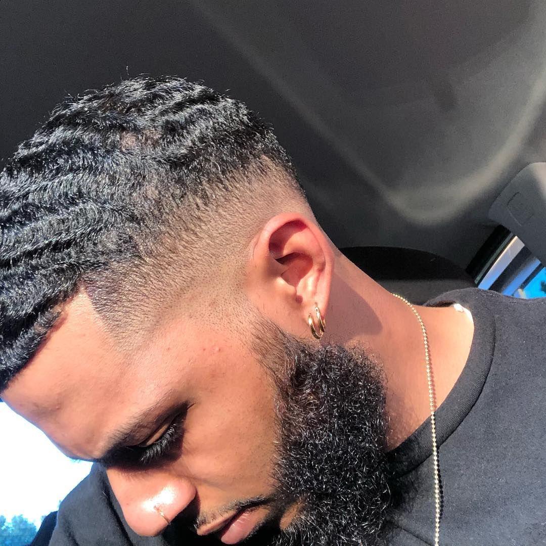 L Image Contient Peut Etre Une Personne Ou Plus Et Gros Plan Waves Hairstyle Men Waves Haircut 360 Waves Hair