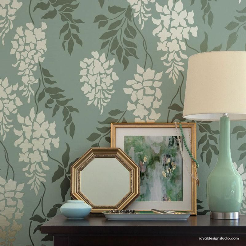 This Modern Flower Wall Stencil Design Is A Classic And Fresh Alternative To Wallpaper Paint With Yo In 2020 Stencils Wall Trellis Wall Stencil Traditional Wall Decor