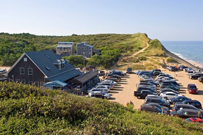 Loved My Evening At The Beachcomber In Wellfleet On Cape Cod A Great Bar With Good Food Drinks And An Ocean Breeze