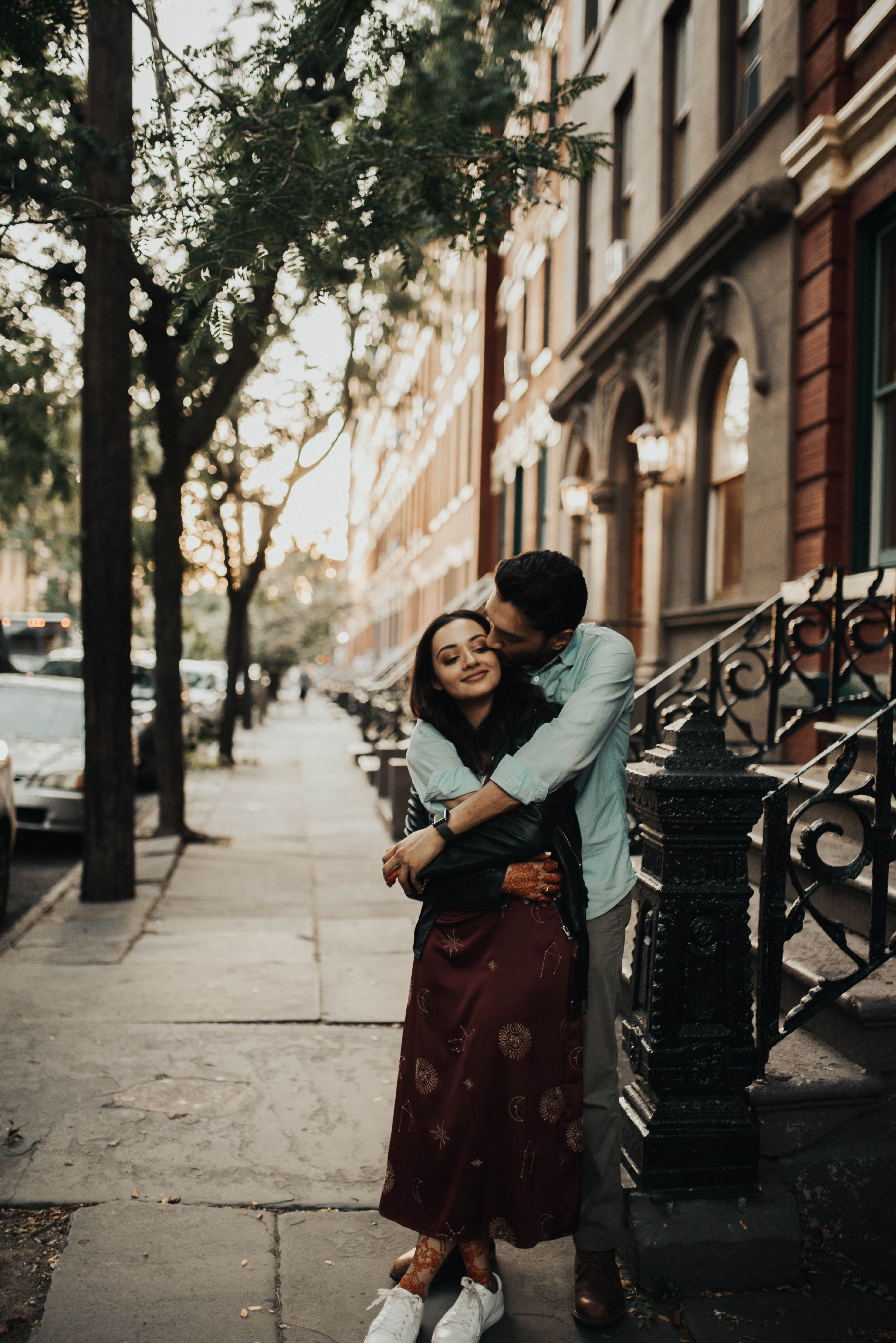 Mahtab Abdul Shot These Two Romantic And Moody Lovers The Day Before Their New Yo Wedding Couple Poses Photography City Engagement Photos Couple Photography