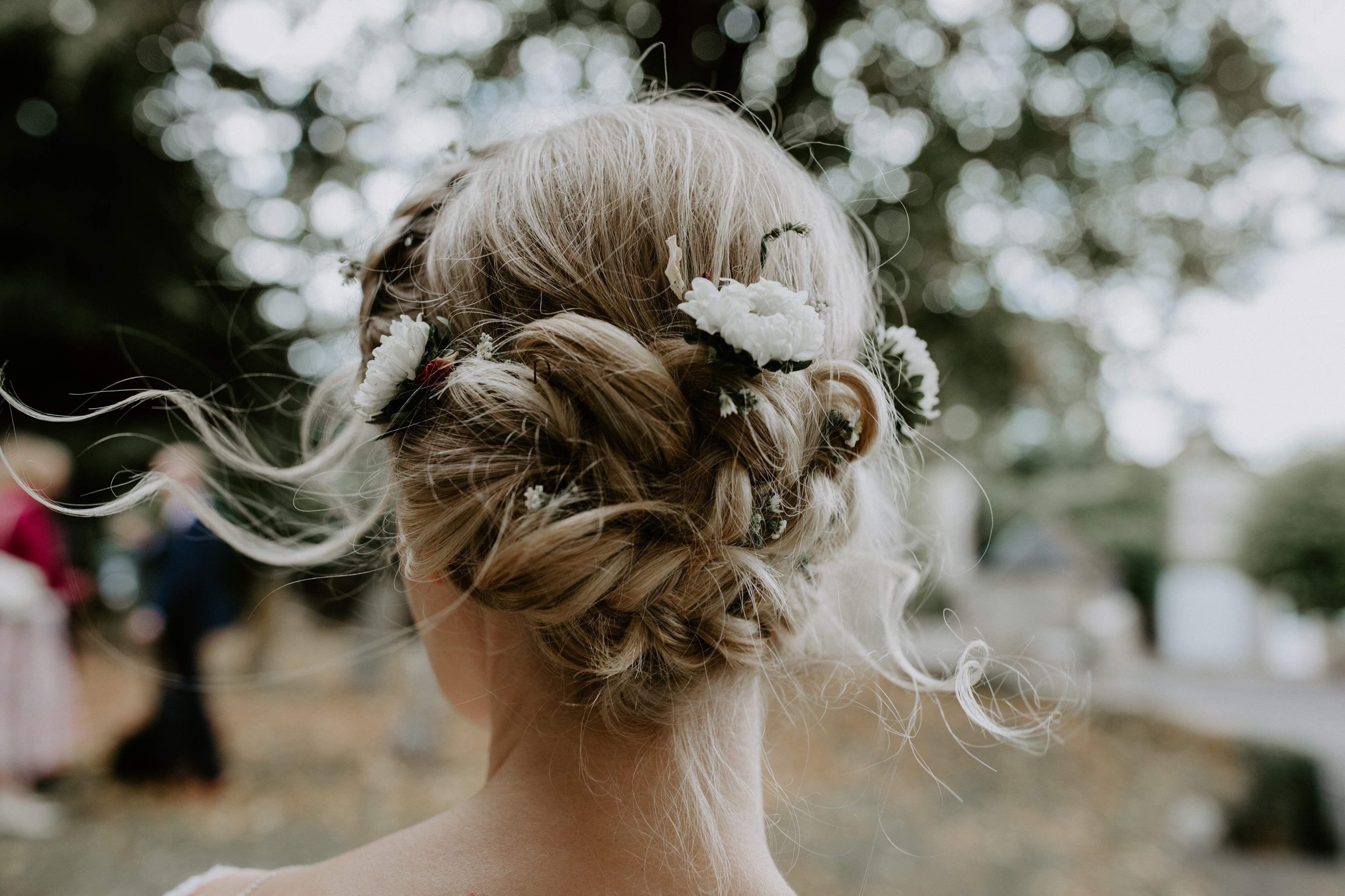 boho bridal hair by lisa ellis. photography by siobhan