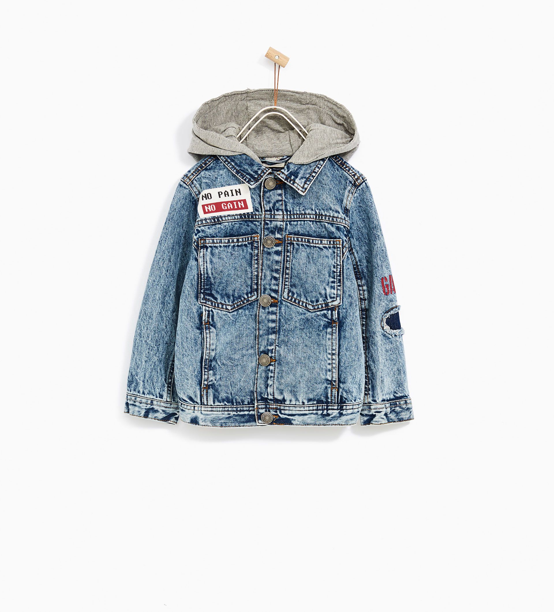 4652c6ef6 ZARA - KIDS - DENIM JACKET WITH HOOD AND PATCHES
