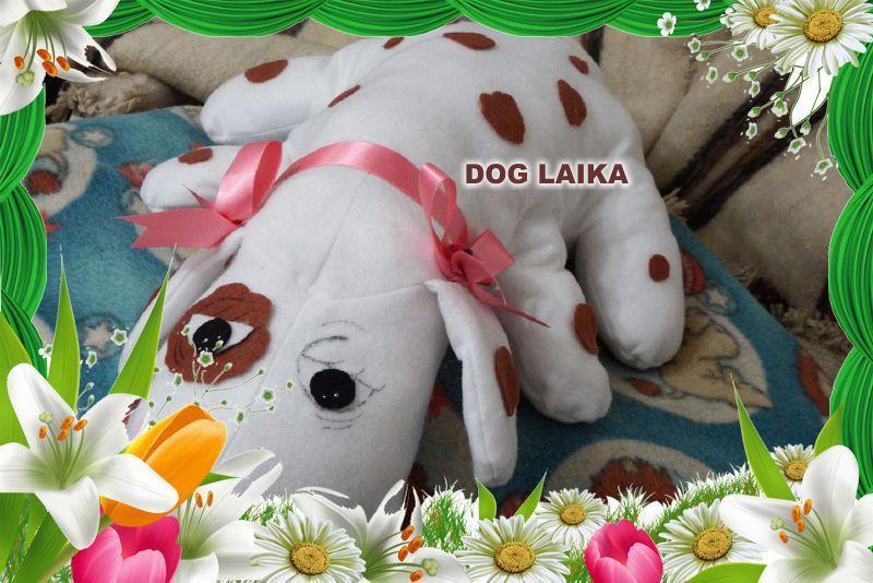 Dog Laika, confeccionada em feltro.  Maiores informações mande um e-mail para: artinpanno2013@gmail.com
