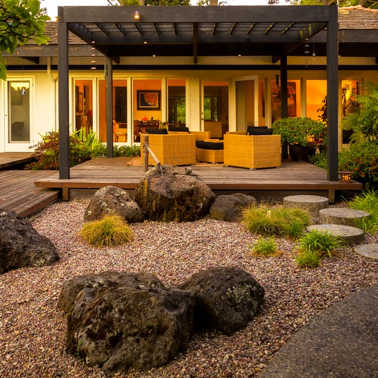 Home Garden Landscaping Ideas: Calming Patio, Japanese Style. I Saw One Like This On A