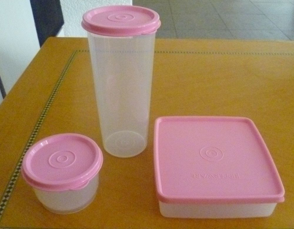 Tupperware Free Ship New Set 3 Containers and Tumbler | Tupperware