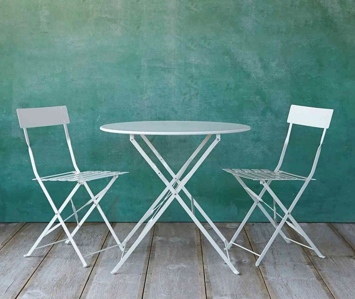 Painted metal bistro table from Terrain