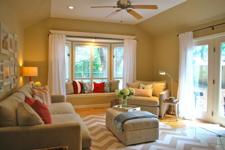 Good Color Scheme Love The Silver Lamp Our Little House Ideas Amazing Bay Window Ideas Living Room Painting