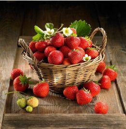 Poznaj Truskawke Kaszubska Kaszebsko Malena Chog I Inne Produkty Trzyznakismaku Www Trzyznakismaku Pl Food Photography Fruit Strawberry Fruit Healthy Fruits