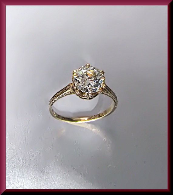 Antique Vintage Victorian Yellow Gold Diamond Engagement Ring