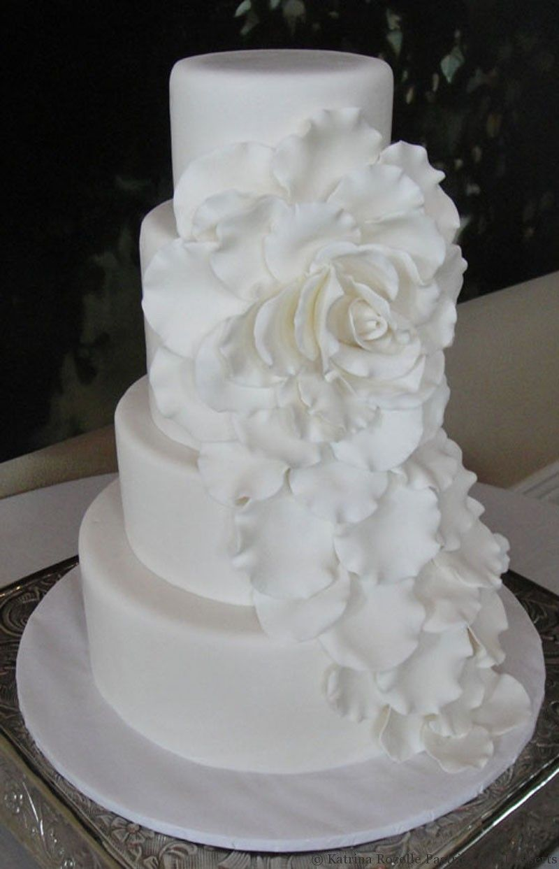 Wedding, Rolled Fondant, round, handmade rose, cascading, custom ...