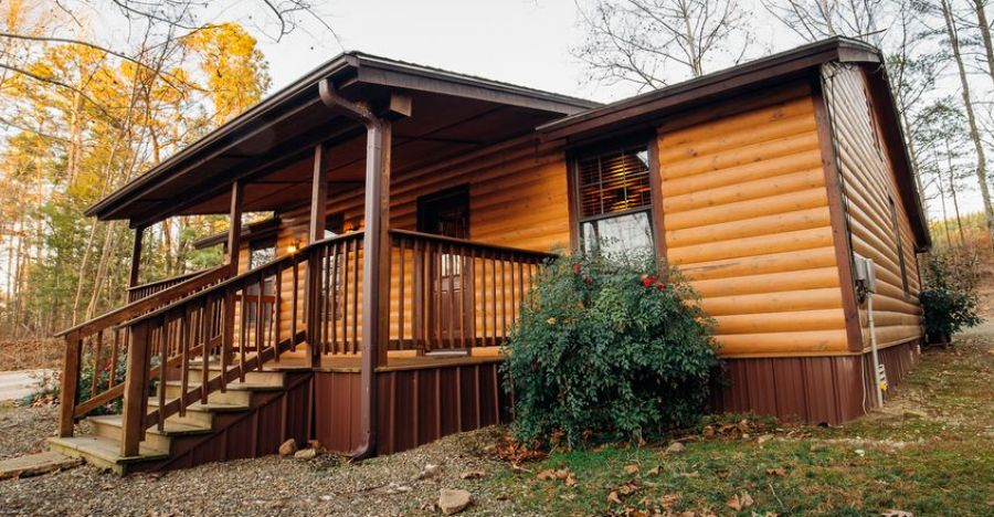 This Tiny Cabin In The Redwoods Is The Perfect Getaway For: Check Out This Perfect Little 2 Bedroom Cabin With Hot Tub