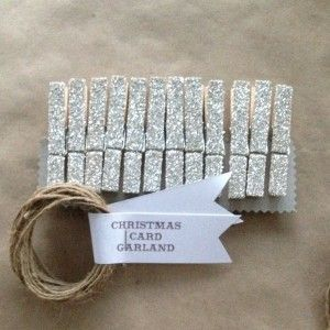 CHRISTMAS CARD DISPLAY  Use this to display Christmas cards or photos or give as a gift. glittered garland