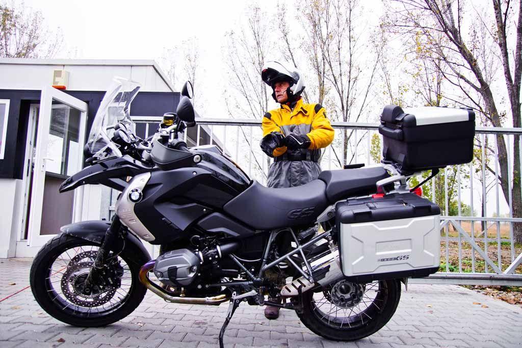 Jeremy Irons enjoying his BMW