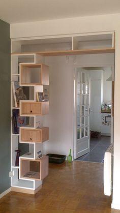 Couloir Pour Rythmer Quelques Cases Aussi En Hauteur Living - Meuble bibliotheque original pour idees de deco de cuisine