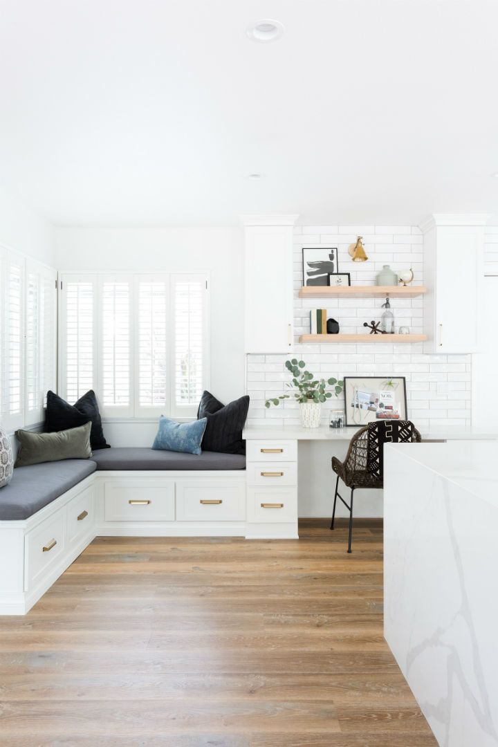 10x10 Office Layout: Design Spaces That Are Filled With Beauty And Intention