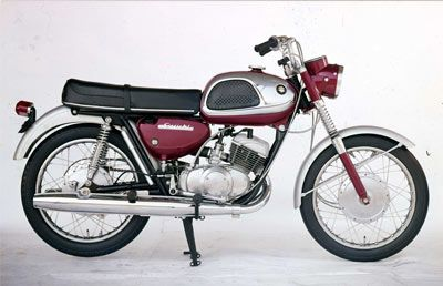suzuki 1965 t20 - the fastest 250 cc motorcycle at the time